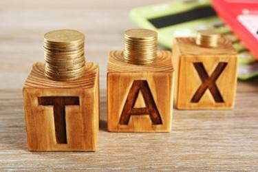 Taxes_shutterstock_396805801_375x250